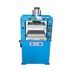 Heat press machine - Heat platen of aluminum quick heating and have equilibrium temperature.